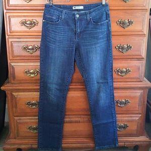 EUC Levi's Jeans Size 8